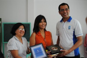 CDRC receives token of appreciation from Mercy Relief