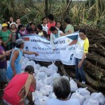 Photo Gallery: Relief distribution in Brgy Osmena, Compostela
